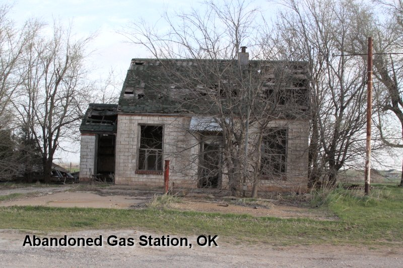 Abandoned Gas Station, OK
