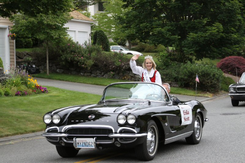 Ficca's Neighborhood Parade Miss Poulsbo, Erika Scott